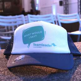 Teamleader customer service hat